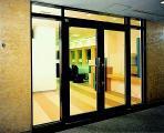 ◆安全性と快適さを創造するタナカ◆大正9年の創業より 全国のビルや商業施設の顔となるドアの開発・設置に携わって99年。 ナンバーワンではなくオンリーワンを目指す企業です。