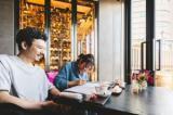 ⇒TV番組や雑誌などで話題のレストラングループ「Casita」!! ◆◇◆日本ー 世界ー お客様に真剣な会社を目指して◆◇◆ 「お客様をハッピーに、温かいレストランを作りたい」 2001年のオープン以来、私達が真剣に追い続けているテーマです。